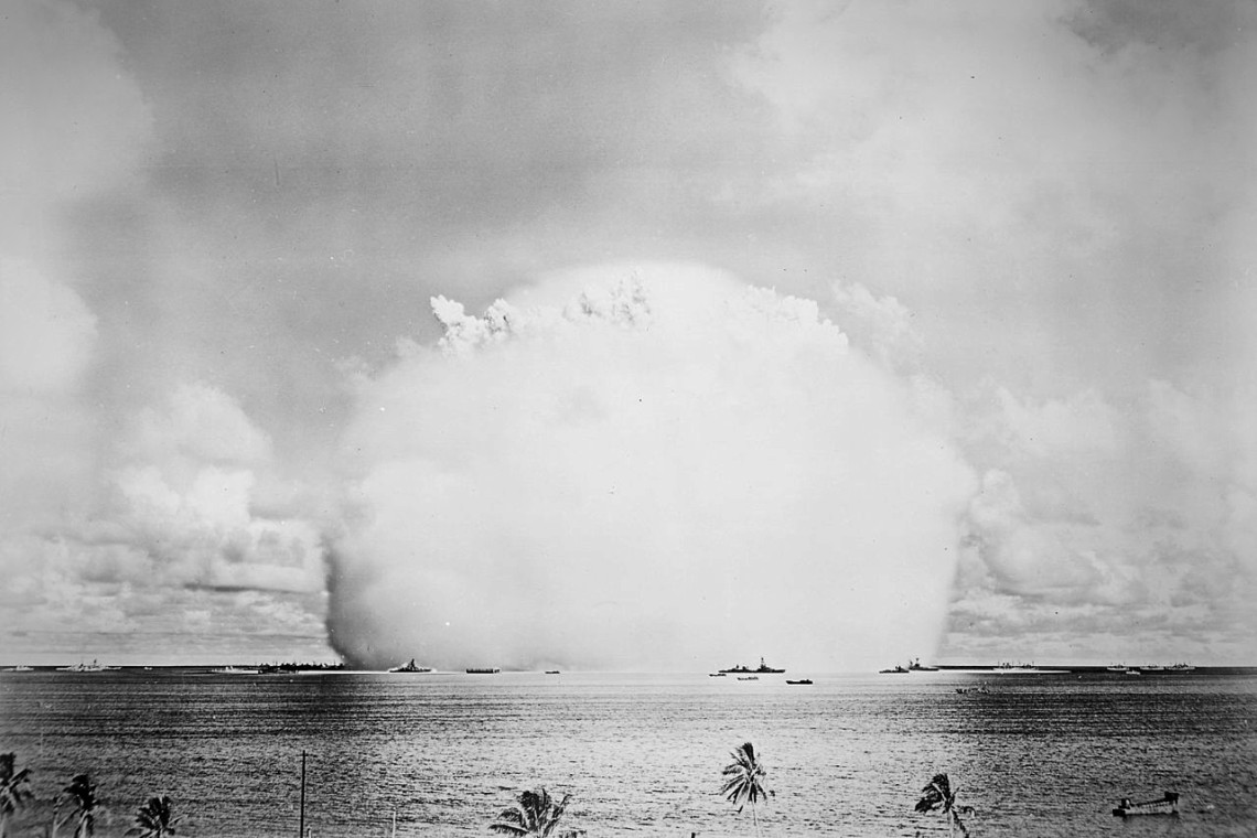 """The atomic cloud during the """"Baker"""" nuclear test at the Bikini atoll, 1946."""