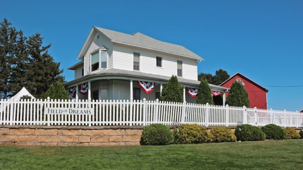 """The movie set house for the film """"Field of Dreams"""""""